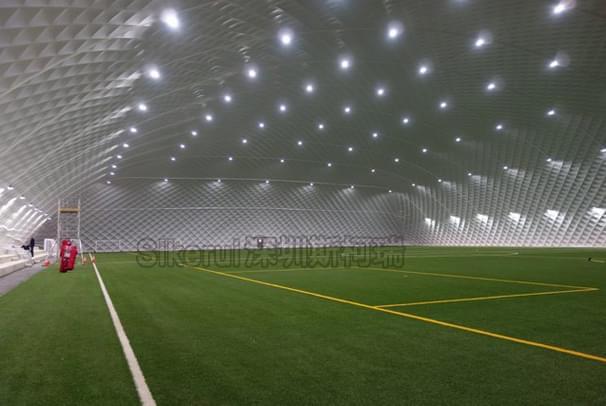 足球场充气膜结构