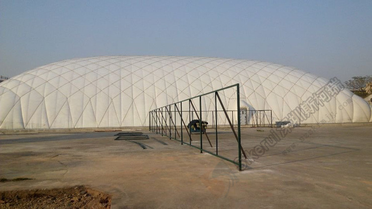 网球场充气膜结构