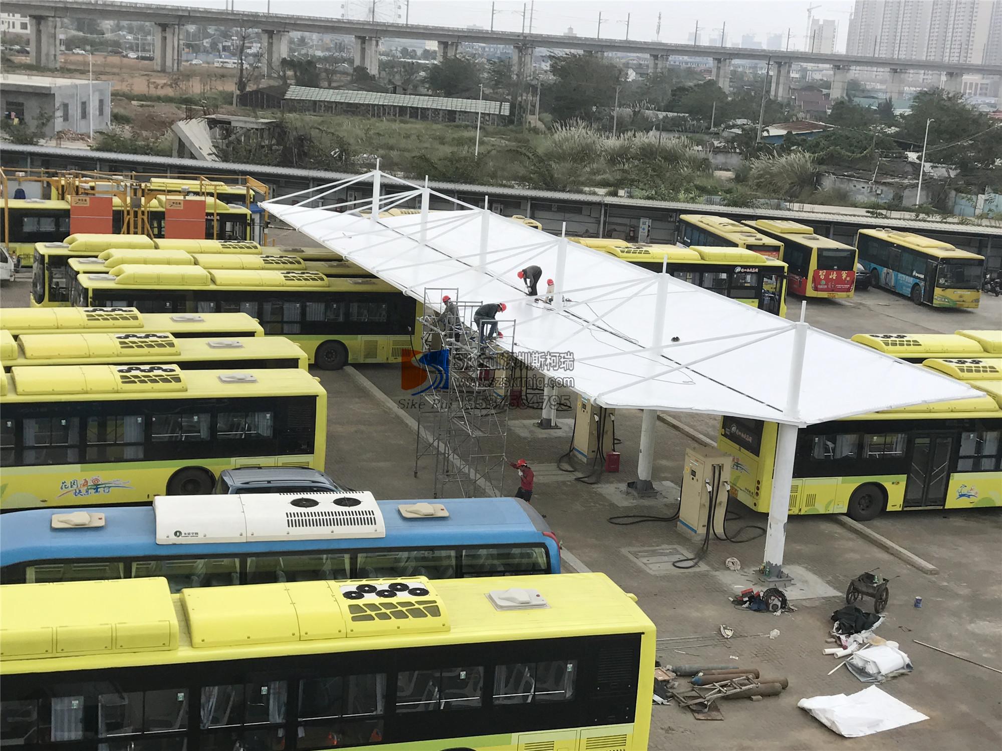 海南巴士集团公交站台充电桩膜结构
